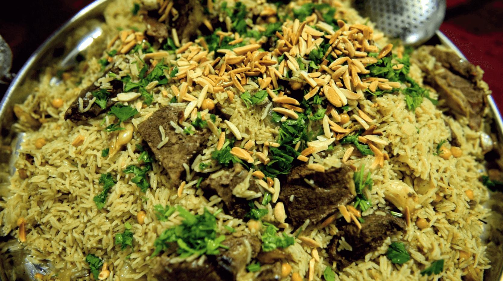 אירוח בדואי מסורתי ברהט אוכל ג'ולייט בדר