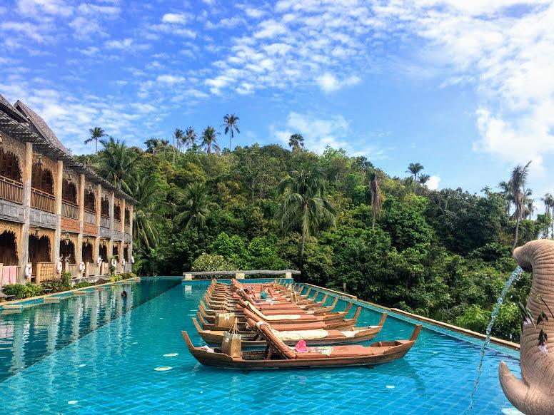 הבריכה בסנטיה (Santhyia) שבטונג נאי פאן, מלון מומלץ בקופנגן תאילנד