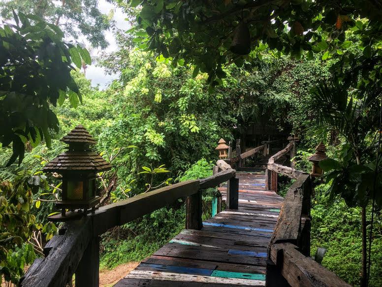 סנטיה (Santhyia) שבטונג נאי פאן, מלון מומלץ בקופנגן תאילנד