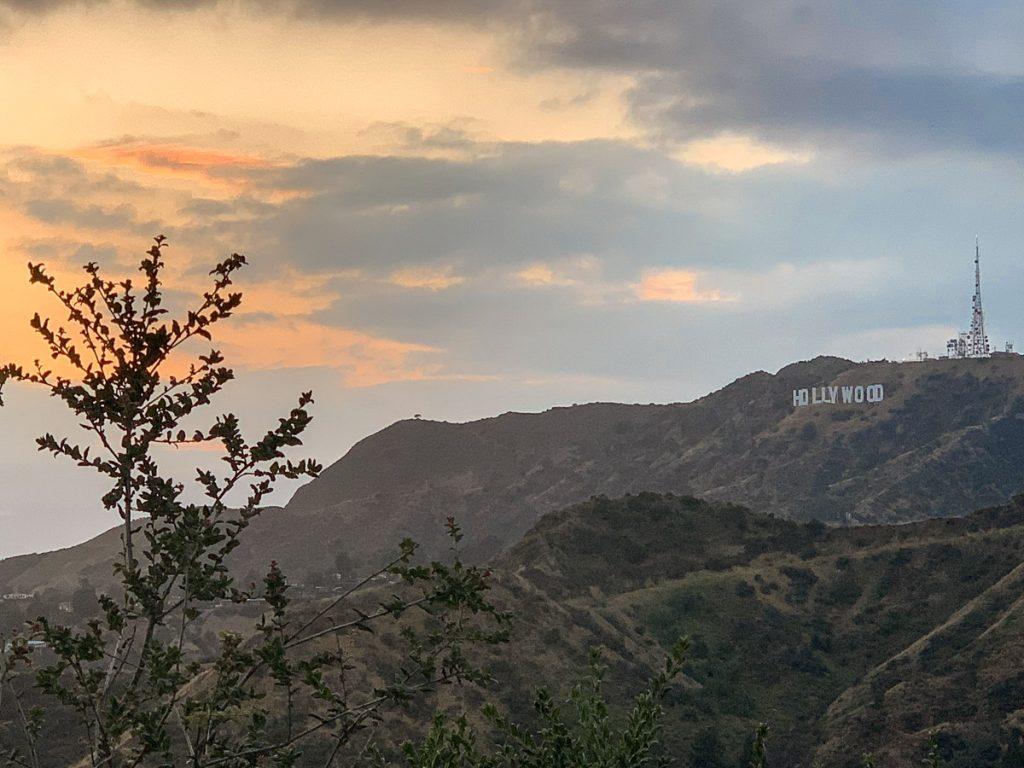 שקיעה מפארק גריפית'. מתוך טיול בלוס אנג'לס: מה עושים, איפה ישנים ואיזה מקומות אסור לפספס בעיר המלאכים